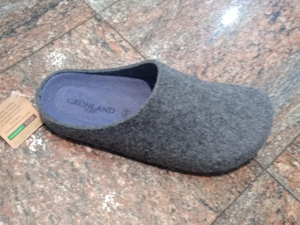 Pantofola uomo di lana.