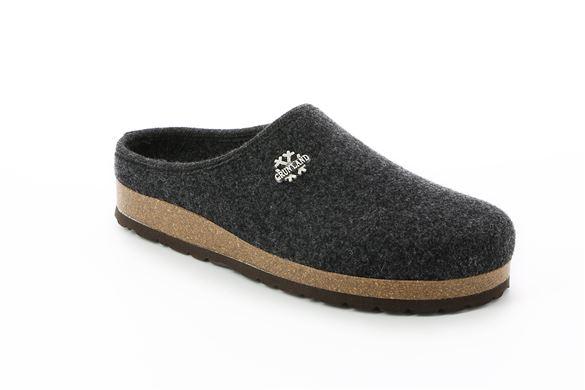 Pantofola uomo in feltro di lana.