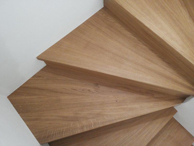 Scale e soppalchi in legno massello