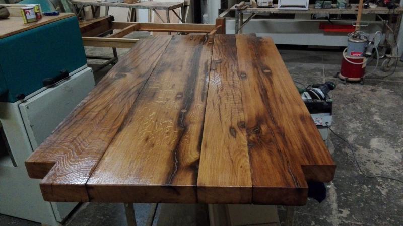 Tavolo in rovere vecchio massiccio con prolunga