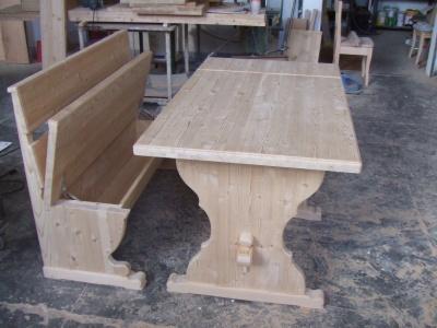Tavolo e panca in abete