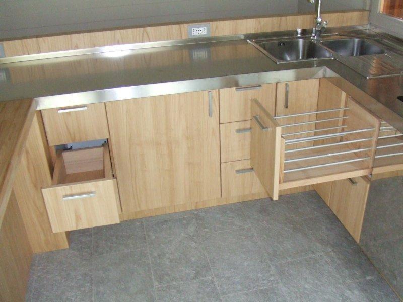 Cucine in legno massello della bella franco falegnameria - Cucine artigianali in legno massello ...