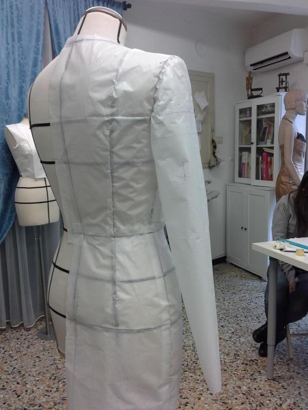 Tecniche di Taglio e Cucito a Sarzana. Chiama Fashion di Mario Plazzotta tel 0187 622610 cell 3393123992