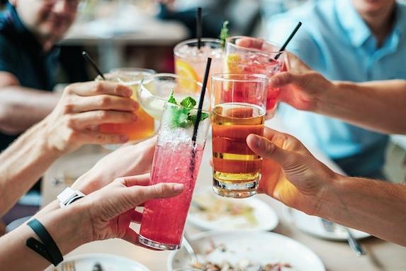 Bevande estive e calcoli renali: quale equilibrio?