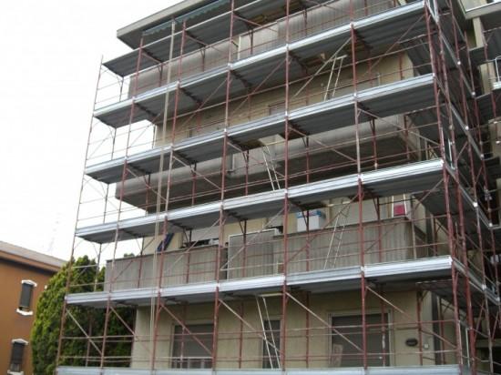 Manutenzione e restauro di facciate