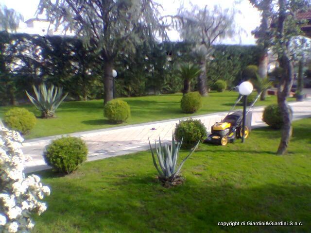 Sanificazione di giardini e terrazzi a Napoli
