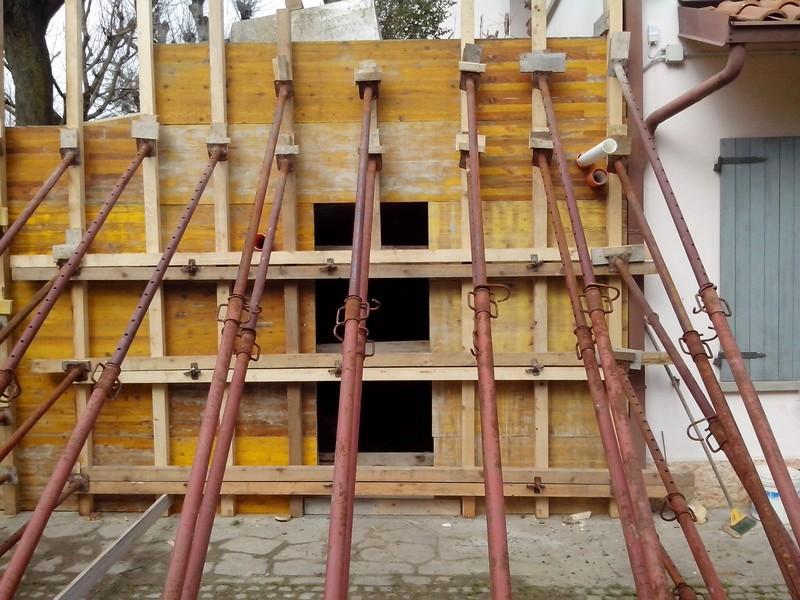 Carpenteria in legno a Lecce. Contatta IMPRESA EDILE FP di Palamà Fabrizio cell 339 3190661