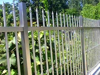 recinzione in acciaio inox