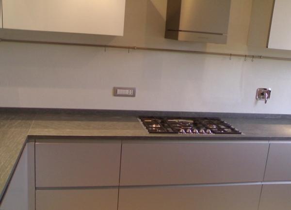 Top cucina marmi nota - Cucina in pietra ...