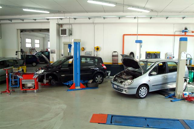 Autofficina  assistenza a Santa Margherita  Ligure. Contatta  Motus Car  Tel: 0185 286464