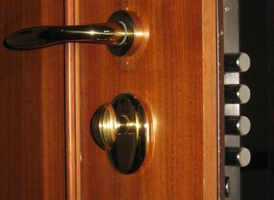apertura porte con sostituzione serrature