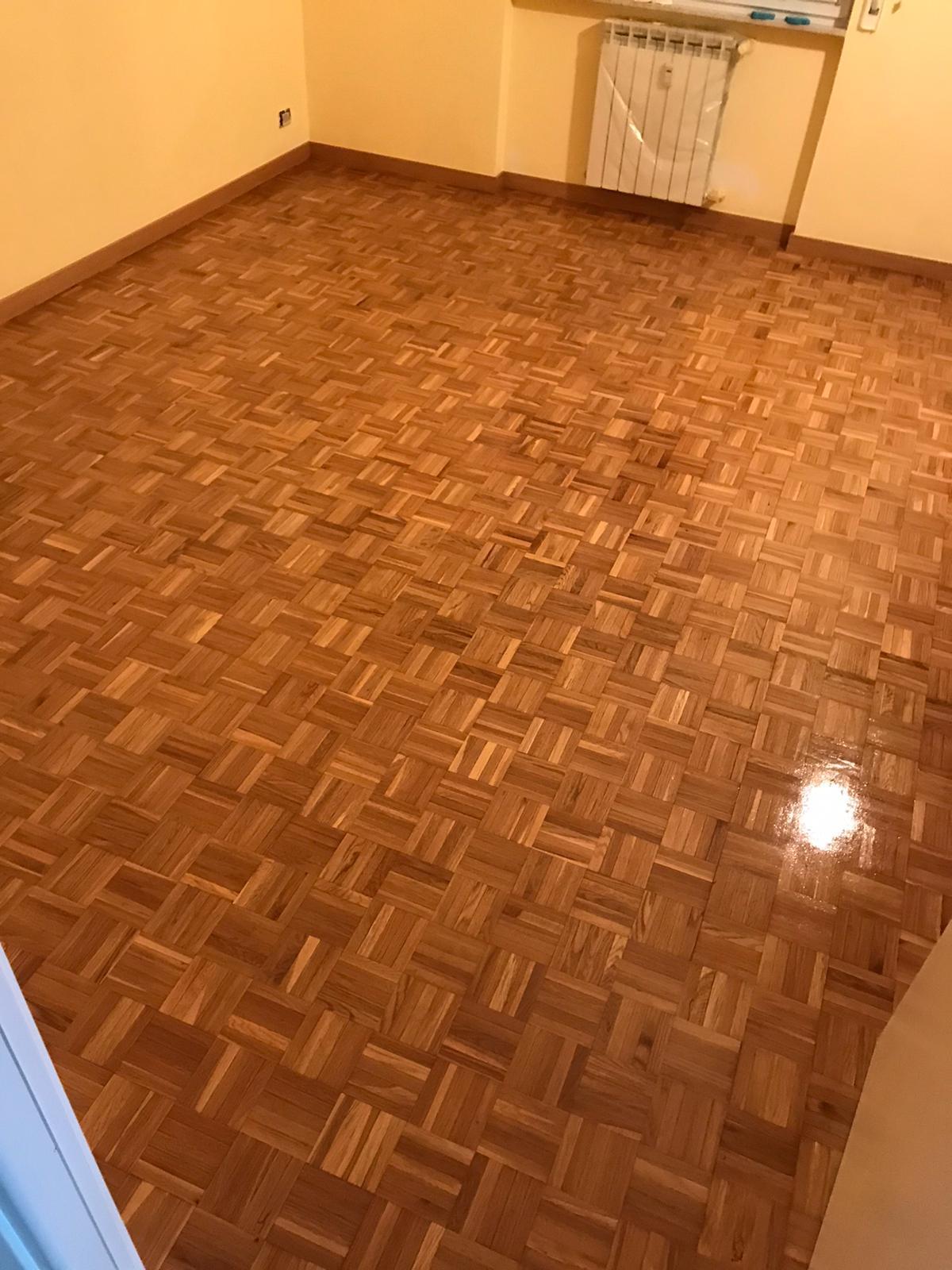 Restauro vecchio pavimento