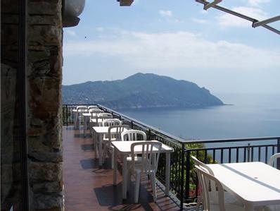 CUCINA TIPICA LIGURE a Genova. Contatta TRATTORIA AL SERRAGLIO di Benvenuto Marco tel 0185 721221