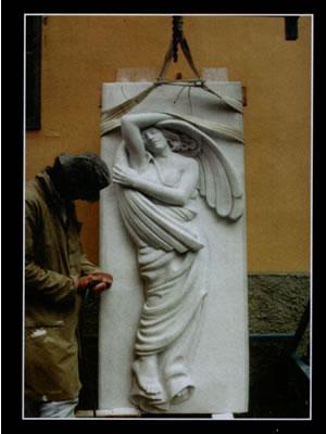 Realizzazione arredo giardino in marmo a Genova. TURCHI FRANCESCO LAVORAZIONI ARTISTICHE DEL MARMO cell 335 8124065