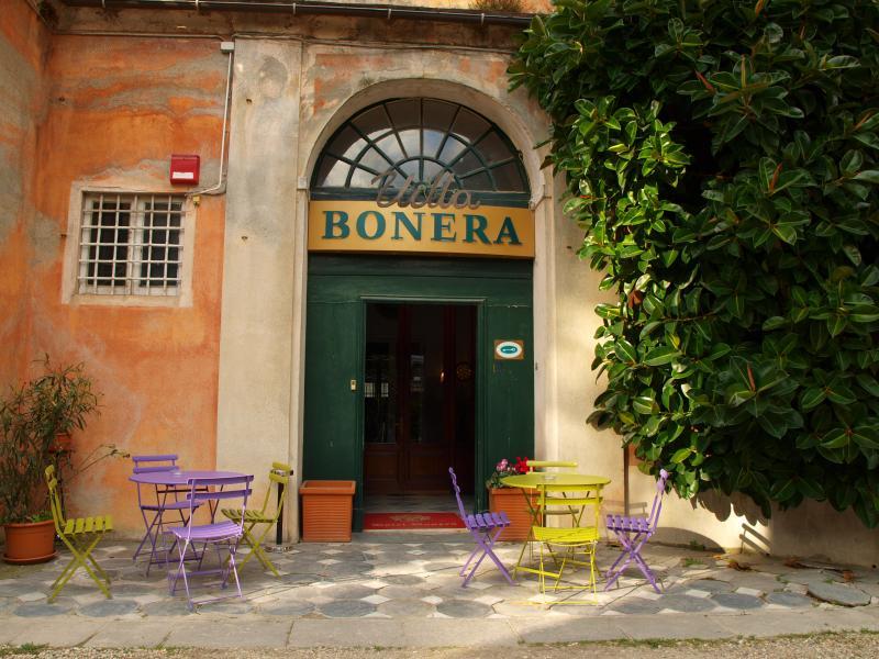 villa-bonera-chisiamo_400_01