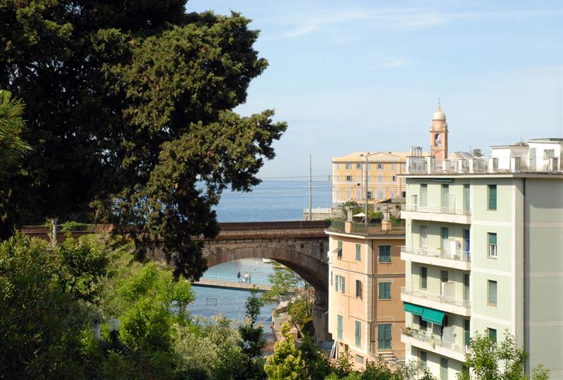 Pansoti alla genovese a Genova. Chiama HOTEL VILLA BONERA SRL tel 010 3726164